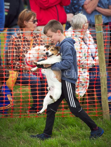 "Doora's Liam Barry carrying ""Mikie"" around the parade ring at Kildysart Show. Photograph by John Kelly"