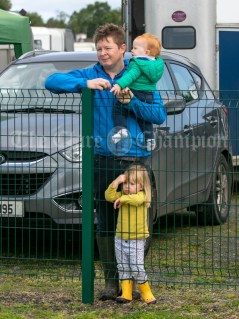 310819 Donal O'Connor, Doora, with Daniel (1) and Sarah Kate (3) at Clarecastle Show on Saturday.Pic Arthur Ellis.