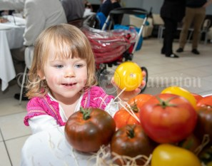 270919 2 year old Freya Smyth, East Clare, sampling the Harvest at a Pop Up lunch in Glor on Friday .Pic Arthur Ellis.