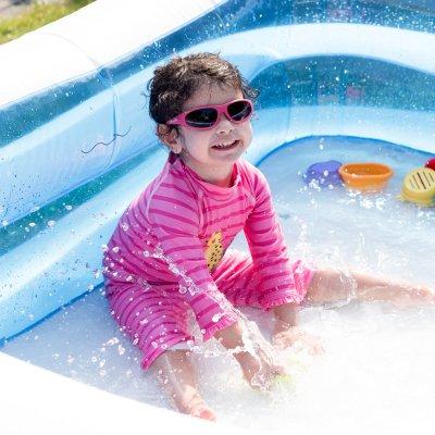 Take Great Photos of Your Kids Splashing in Water