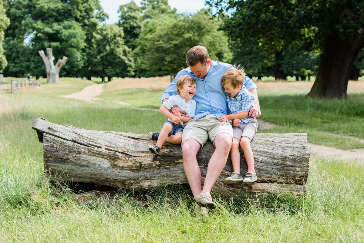 London and Surrey Family Photographer