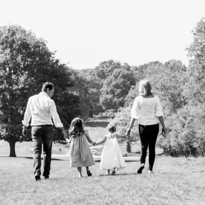 at home vs outdoor family photo shoot