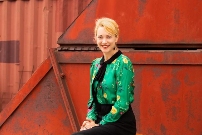 Author Meg Mundell - Joanne Manariti Photography