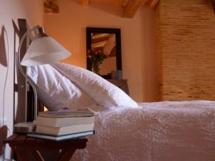 Fresh bedlinen provided