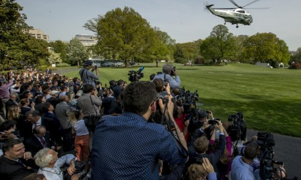 Leaving Washington, Donald Trump Ignores Media Mob, Mueller Questions