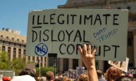 Nationwide Roundup: #ImpeachTrump Rallies Pop Up Across the Country