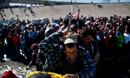Trump Berates Democrats for Failing to Address Migrant Crisis