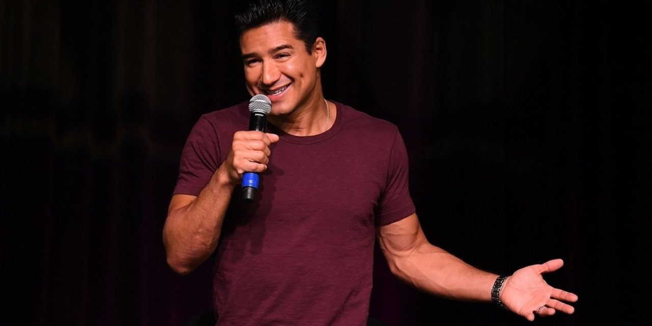 Mario Lopez is getting ripped online for saying it's 'dangerous' to allow a 3-year-old to pick their gender