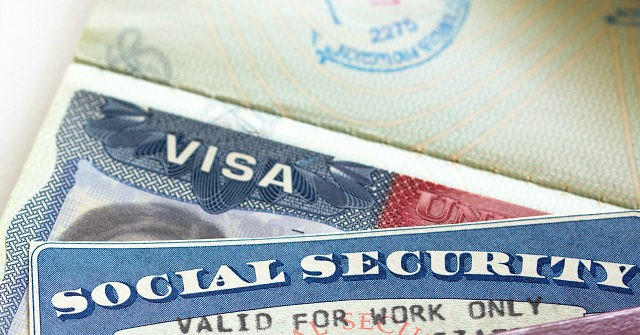 Progressive Immigration Critic: H-1B Bill Slashes Middle-Class Wages