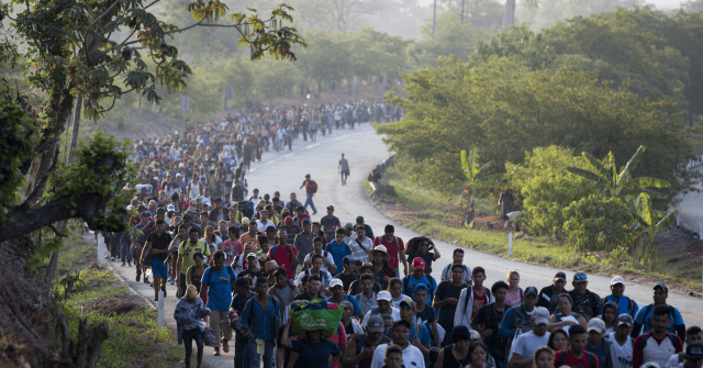 Report: Guatemala May Build 'Legal Wall' Against Migrants | Breitbart