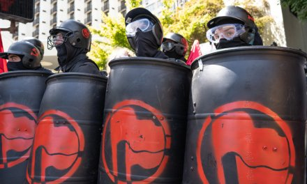 Portland mayor warns Antifa, right-wing protesters against violence: 'We don't want you here'