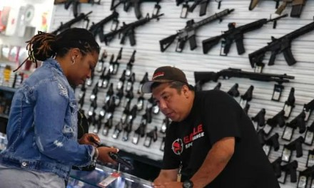 Visa Pledges to Process Gun Sales as Long as People Can Buy Guns