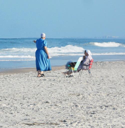 Anabaptist ladies talking