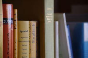 polyglot language books