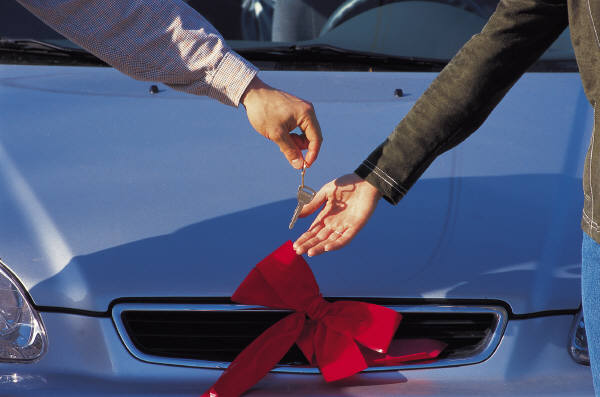 Honda, Toyota roll out record incentives