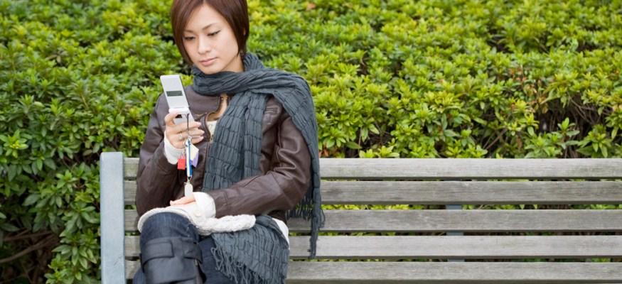 AT&T jacks data plan prices, Virgin Mobile turns to throttling