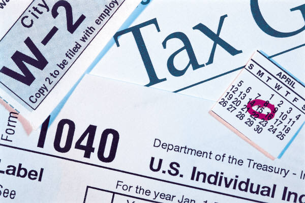 Scam targeting seniors by promising bogus tax credits