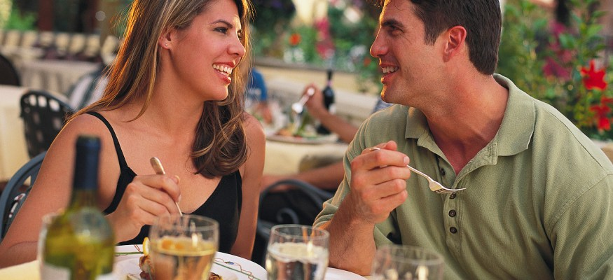 Deals on casual dining coming as customers worry about economy