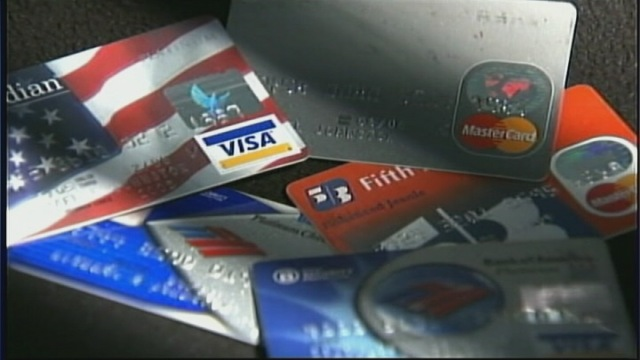 Why you should pay with credit card even if you face a surcharge