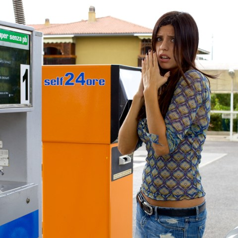 4 Gas Credit Cards To Combat Rising Gas Prices
