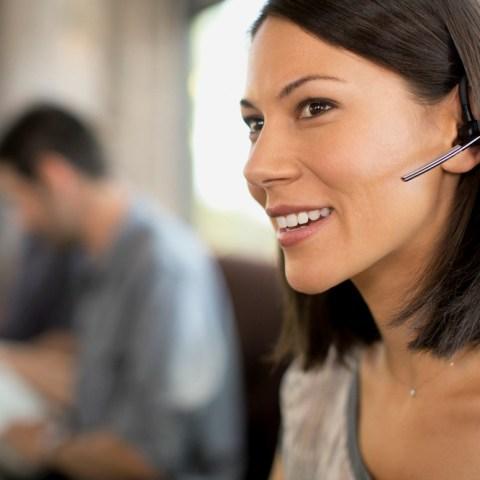 Robo-Advisor vs. Digital Advisor: What's Right For You?