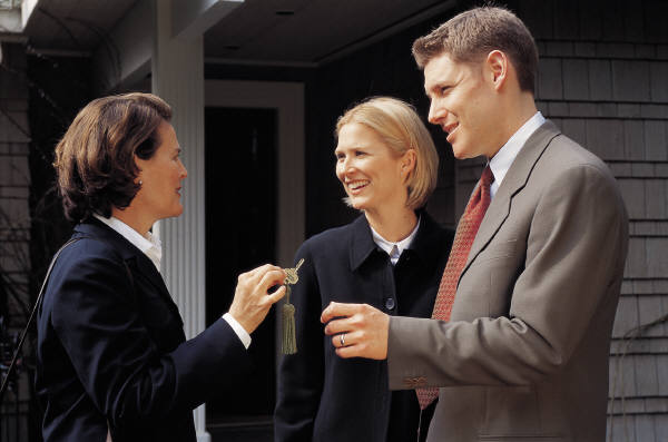 4 Ways To Get the Best Deal on a Mortgage