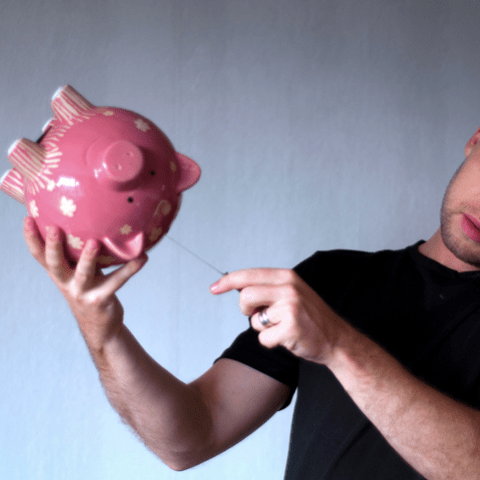 13 money mistakes to avoid making in your 40s