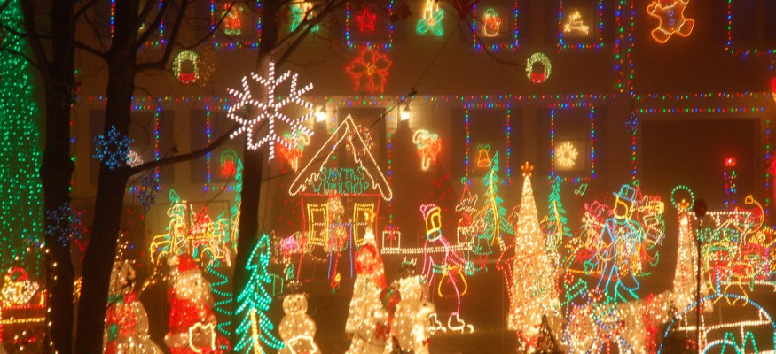 Your guide to Christmas lights safety