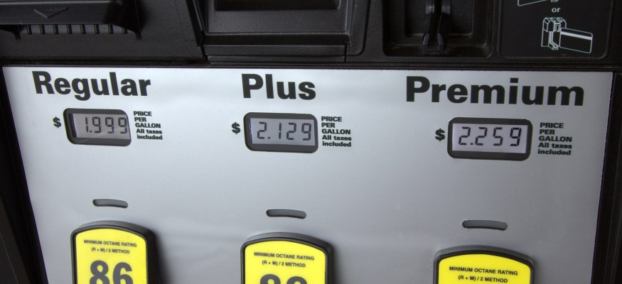 Gas prices expected to drop below $2 nationwide in coming weeks
