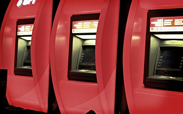 Alternatives that will help you avoid high ATM fees