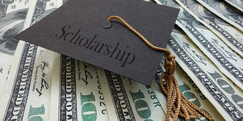 Education start-up offers new way for students to pay for college