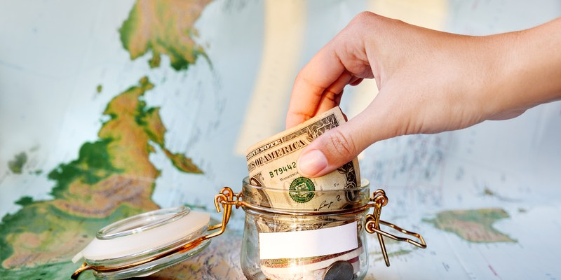 5 simple tips to stretch your travel budget