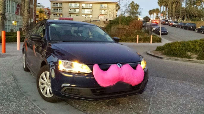 Clark Howard goes undercover as a Lyft and Uber driver