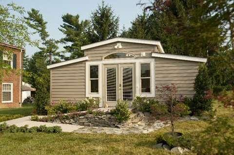 Backyard 'granny pods': A new high-tech alternative to nursing homes