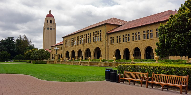 Satirical article claims Stanford admitted zero students to class of 2020