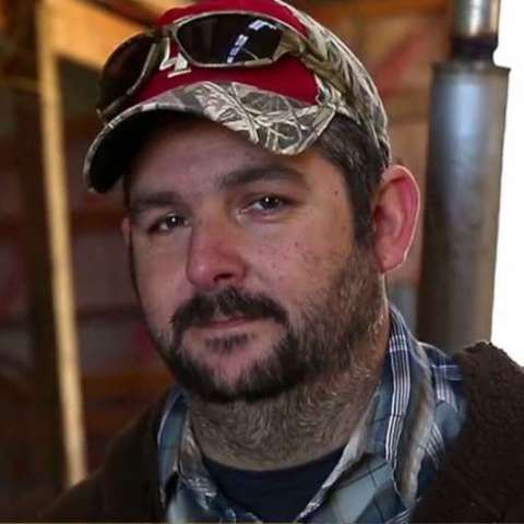 Farmer donates harvest to the hungry