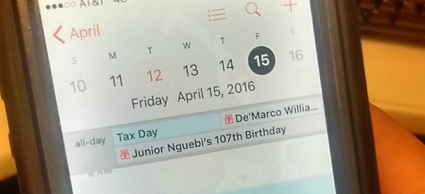 Your iPhone calendar is wrong: Tax Day is not April 15 this year!