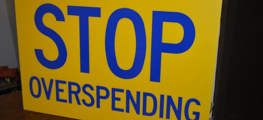 9 money-saving tips to help you avoid overspending