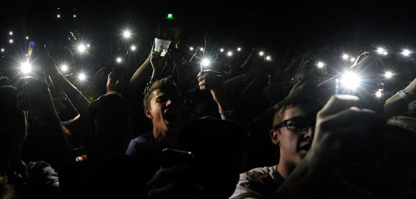 Apple patent blocks iPhones from recording at concerts