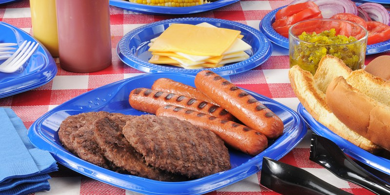 These 4 summer cookout mistakes could make you very sick