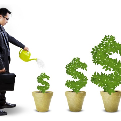 Robo-investing: Inexpensive way to start saving