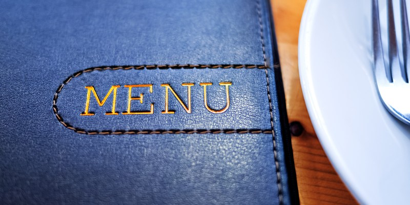 4 ways restaurant menus are designed to make you spend more