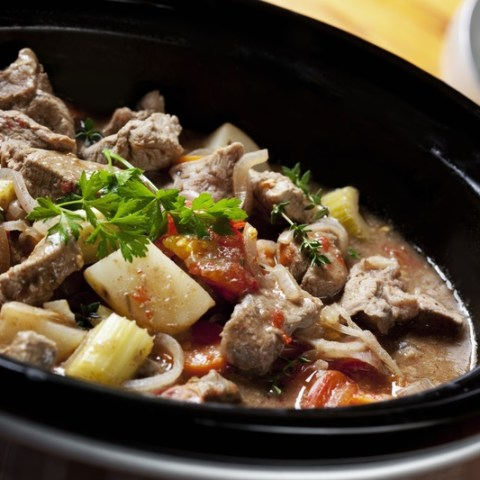 8 ways my slow cooker saves me money