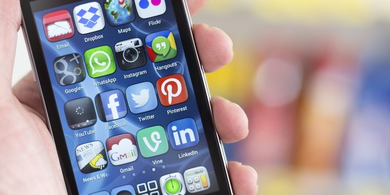 This popular app is going to share your phone number with Facebook