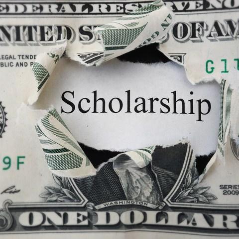 12 best ways to find a college scholarship