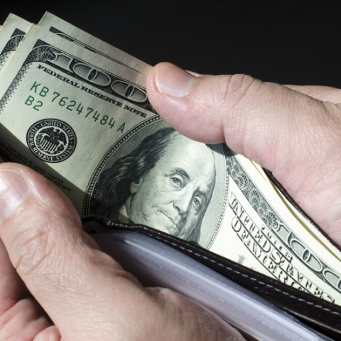 New tool determines if you're getting paid enough