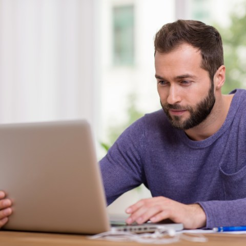 4 ways to convince your boss to let you work from home