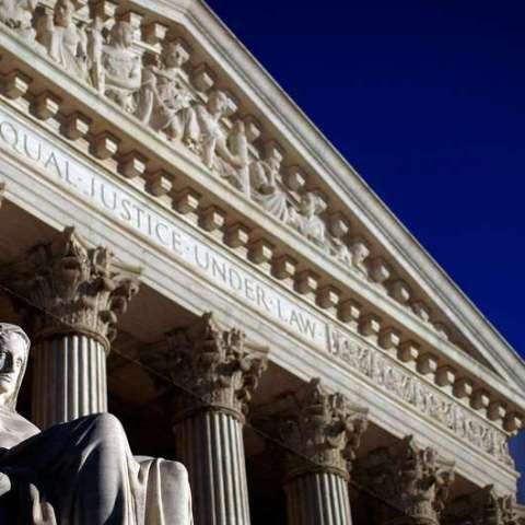 Samsung, Apple battle in Supreme Court