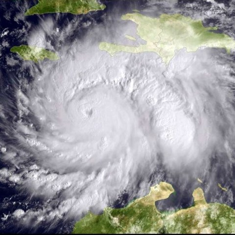 How to protect yourself from price gouging during Hurricane Matthew