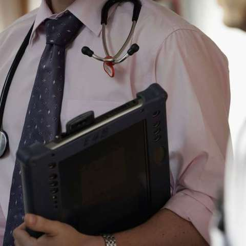 Political leanings may affect doctors' advice, study finds